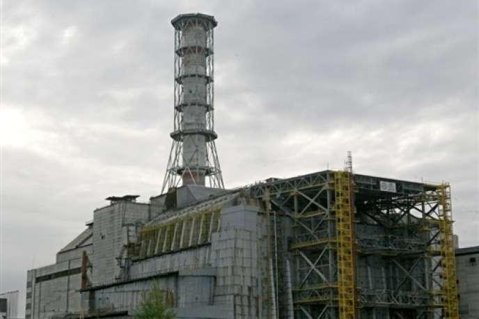 Le chantier du sarcophage de Tchernobyl, le 17 septembre 2007.