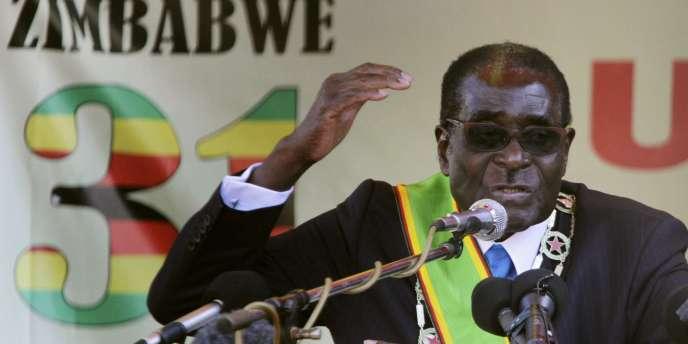 Robert Mugabe, le président du Zimbabwe, le 18 avril 2011 à Harare.