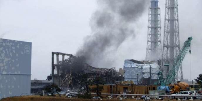 La centrale nucléaire de Fukushima à la suite du séisme du 11 mars.