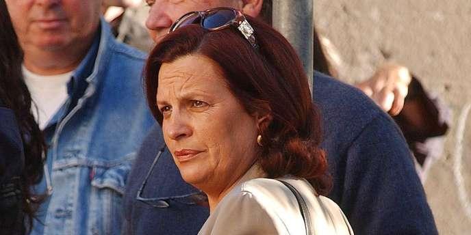 Photo d'archives prise le 2 octobre 2002 à Ajaccio du maire DVD de Grossetto-Prugna (Corse du Sud), Marie-Jeanne Bozzi avant l'ouverture de son procès pour