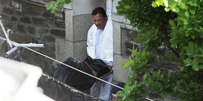 Les enquêteurs ont découvert les cinq corps jeudi 21 avril.