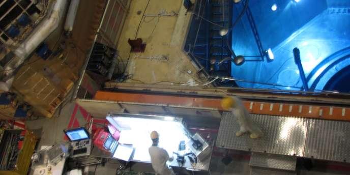 Dans un bâtiment réacteur en maintenance de la centrale nucléaire de Dampierre-en-Burly, dans le Loiret.
