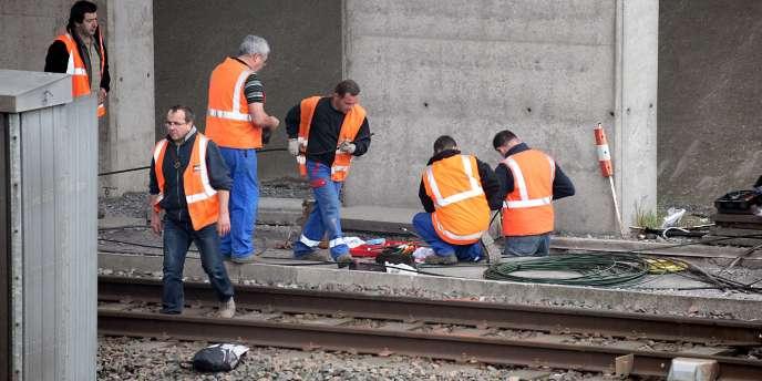 Des employés de la SNCF à Oignies (Pas-de-Calais).