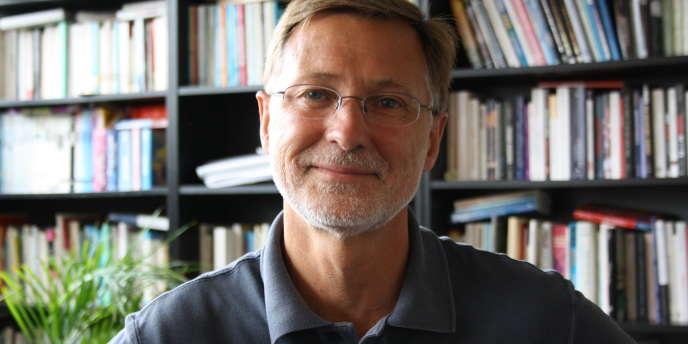 Didier Billion est directeur des publications à l'Institut des relations internationales et stratégiques, spécialiste du Proche-Orient.