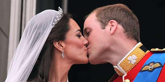 sites de rencontres mariés au Royaume-Uni salle Disco Dating