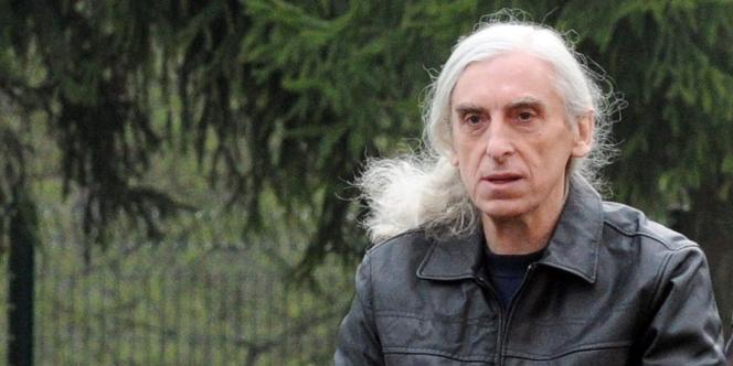 Georges Cipriani, ancien membre d'Action directe, est sorti de prison en fin de matinée, après vingt-trois ans derrière les barreaux.