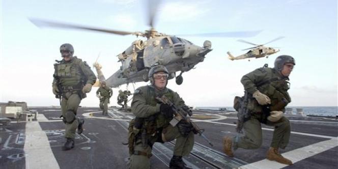 Des membres des Navy Seals, à bord de l'