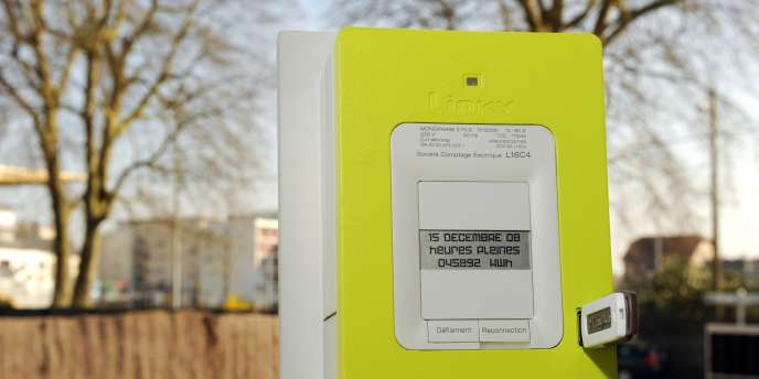 Photo, prise le 18 mars 2009 à Tours, du nouveau compteur électronique