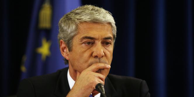 Le premier ministre portugais, le socialiste José Socrates, résiste depuis des mois à l'idée d'un plan d'aide international.
