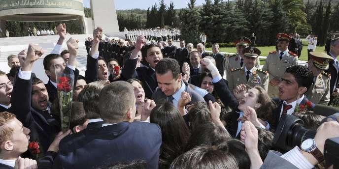 Le paquet de sanctions ne devrait pas concerner le président Al-Assad pour le moment.