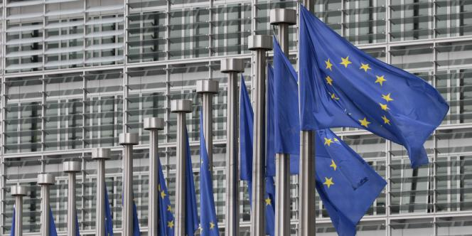 Depuis sa création en 1987, le programme d'échange Erasmus a permis à 3 millions de jeunes européens, dont 450 000 Français de partir étudier dans une université étrangère.