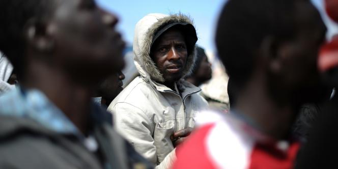 Des immigrants africains en Libye, le 4 mai 2011.