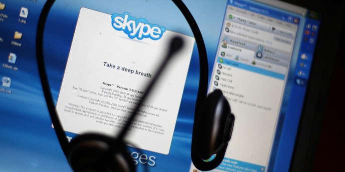L'armée électronique syrienne, qui soutient le régime du président Bachar Al-Assad, a piraté mercredi le compte Twitter de Skype, accusant son propriétaire Microsoft d'espionnage.