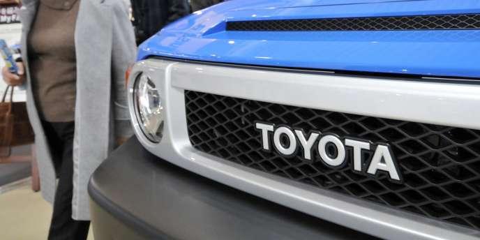 Malgré la percée des émergents et les crises, Tokyo comme Séoul continuent d'orienter les priorités économiques. En 2012, Toyota a d'ailleurs repris à General Motors la place de numéro un mondial de l'automobile.