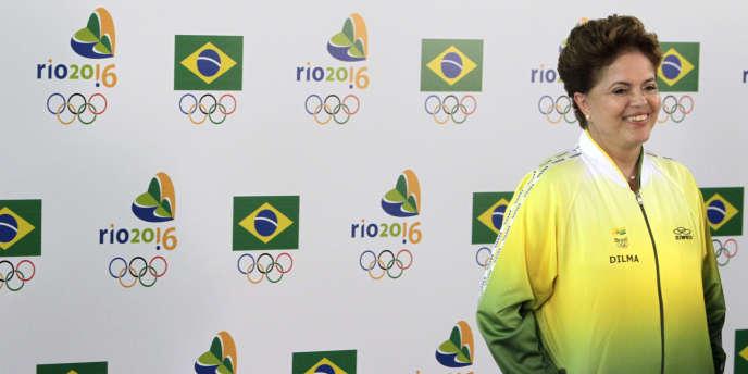 Dilma Rousseff aux couleurs de Rio 2016, le 2 août 2010.