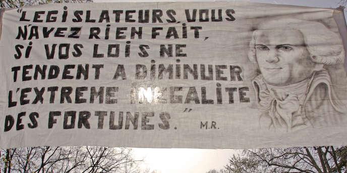 Ce manuscrit inédit a été écrit par Maximilien Robespierre aux derniers jours de la Constituante vers 1791.