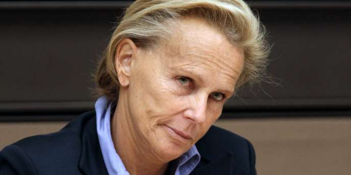 Christine Ockrent devant les membres de la mission d'information commune sur la mise en œuvre de la réforme de l'AEF, le 12 mai 2011.