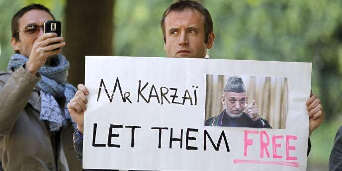 C'est grâce à l'intervention du président afghan, Hamid Karzaï, que les deux otages français ont pu être libérés.