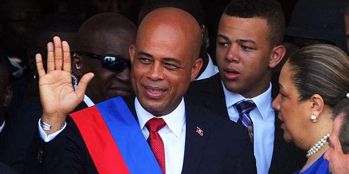 Le chanteur populaire Michel Martelly est le président d'Haïti  depuis le 14 mai 2011.