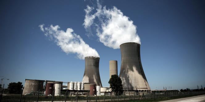 Le site nucléaire du Tricastin, dans la vallée du Rhône.