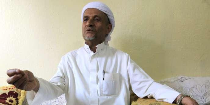 Ahmed Abdulfattah, le père de la plus jeune veuve d'Oussama Ben Laden, à Sanaa, au Yémen, le 14 mai.