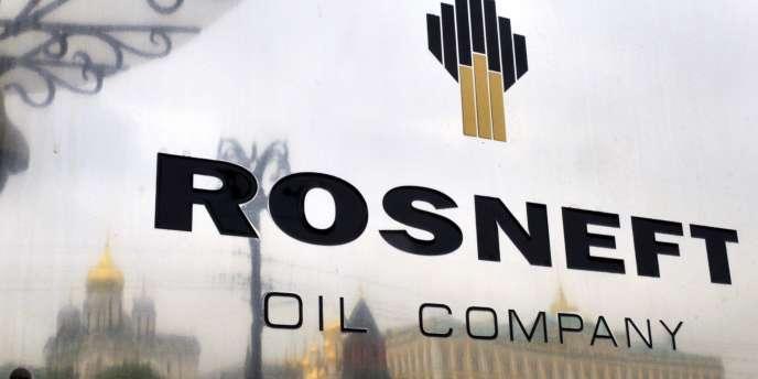 Les grandes entreprises russes, en particulier énergétiques comme Rosneft, liées à des associés occidentaux, échappent pour l'instant aux rets des mesures américaines comme européennes.