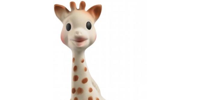 Sophie la girafe est 100% bio et résiste aux dents des enfants.