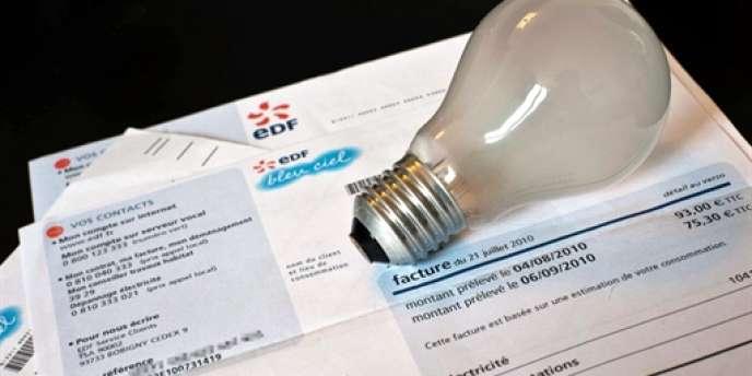 Les tarifs réglementés de l'électricité doivent augmenter au minimum de 1,6 % en 2014, préconise la Commission de régulation de l'énergie.