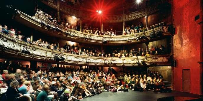 le théâtre des Bouffes du Nord, dans le 10e arrondissement de Paris.