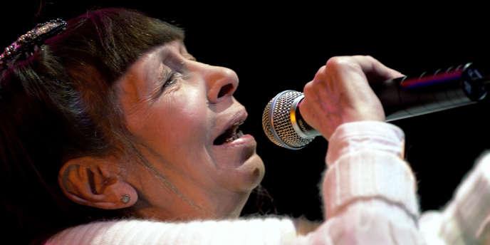 La chanteuse Brigitte Fontaine à Angoulême, en janvier 2007.