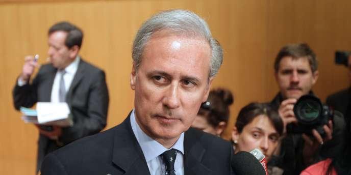 Le secrétaire d'Etat à la fonction publique et maire UMP de Draveil (Essonne), Georges Tron, le 19 avril 2011 à Paris.