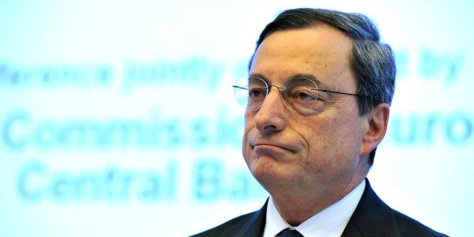 Le président de la Banque centrale européenne est supecté de conflit d'intérêt pour appartenir au G30, accusé de faire du lobbying pour les banques.