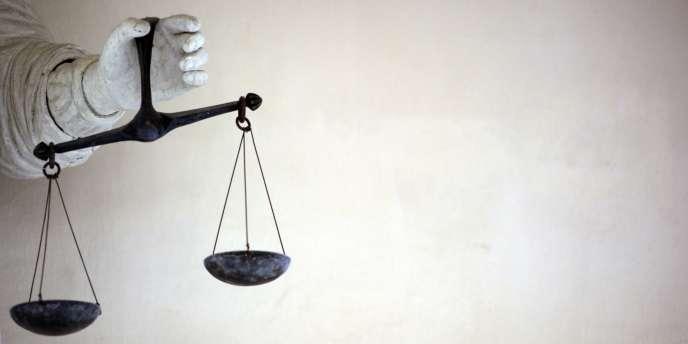 Le mouvement de fronde des avocats a reçu le soutien des deux principaux syndicats de magistrats, l'Union syndicale des magistrats (USM) et le Syndicat de la magistrature (SM).