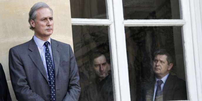 Georges Tron, ici en mars 2010 au ministère du travail, a été contraint de quitter le gouvernement fin mai 2011.