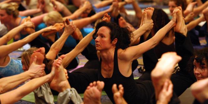 Le yoga, dont le nom vient du mot sanscrit qui signifie