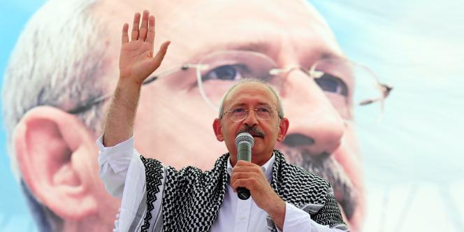 Lors d'un discours de campagne à Diyarbakir à l'occasion des législatives du 12 juin 2011, Kemal Kiliçdaroglu, leader du Parti républicain du peuple (CHP, kémaliste), avait accusé l'AKP de s'être doté d'un plan secret pour monopoliser le pouvoir après les élections.