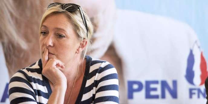 La présidente du Front National, Marine Le Pen, à une conférence de presse à Lille, le 25 mai 2011.