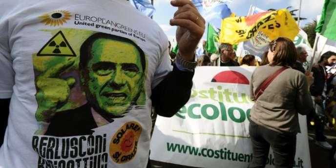 Manifestation anti-nucléaire à Rome, le 26 mars.