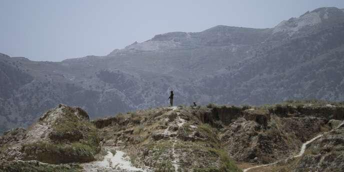 Des soldats pakistanais non loin de la frontière afghane, le 1er juin 2011.