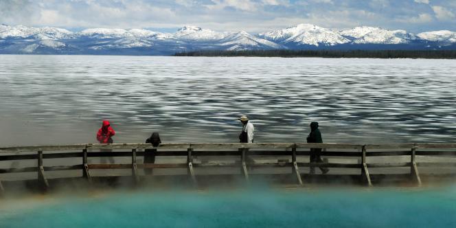 Les 398 parcs nationaux américains ont vu leur budget réduit de 136 millions de dollars. Ici, le lac du Yellowstone, aux Etats-Unis.