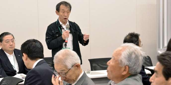 Les volontaires seniors, qui ont répondu à l'appel lancé par Yasutero Yamada, ont pris contact avec des hommes politiques et Tokyo Electric Power Company (Tepco), opérateur de la centrale. Mais leur proposition n'a pas été retenue.