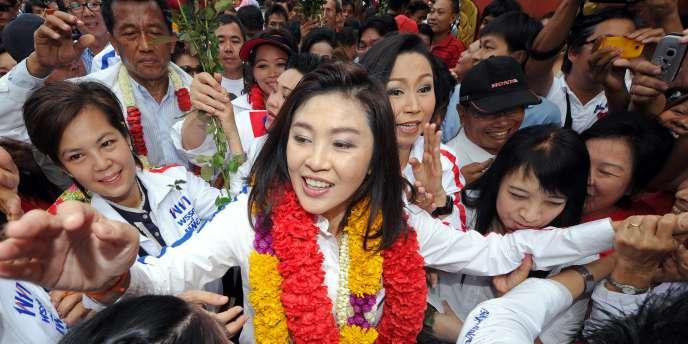 Chef de file du parti d'opposition, Yingluck Shinawatra a remporté les législatives avec la majorité absolue.