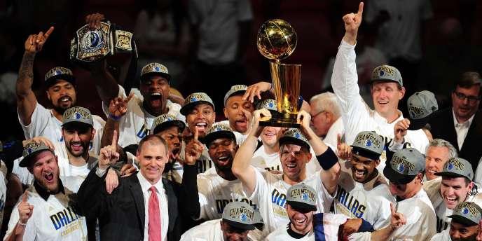 Le conflit entre les patrons de franchise et le syndicat des joueurs se prolongent en NBA.