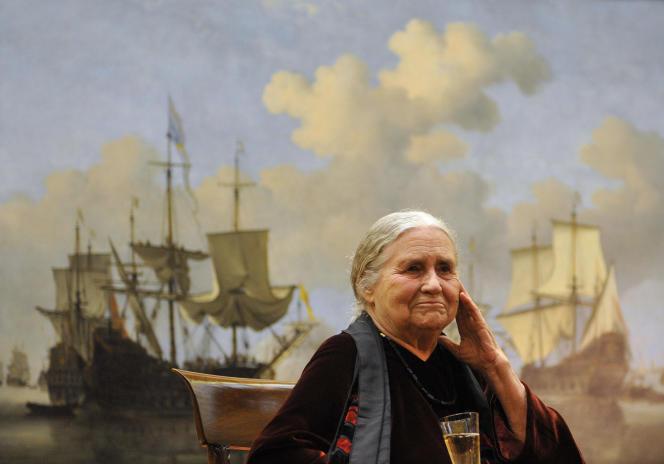 La romancière britannique Doris Lessing à Londres, le 30 janvier 2008.