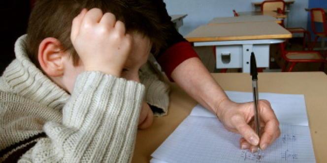 Entre 850 000 et 2 millions d'élèves bénéficient du soutien scolaire payant, à raison d'une à deux heures par semaine, selon l'Institut national de recherche pédagogique.