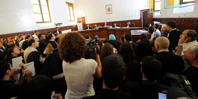 La salle d'audience bondée, le 20 juin 2011 à Tunis.