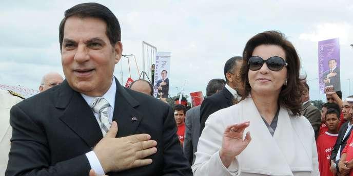L'ancien président tunisien Zine El-Abidine Ben Ali et sa femme Leïla à Tunis en octobre 2009.