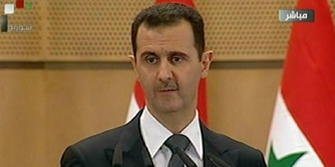 Bachar Al-Assad à l'université de Damas, le 20 juin 2011.