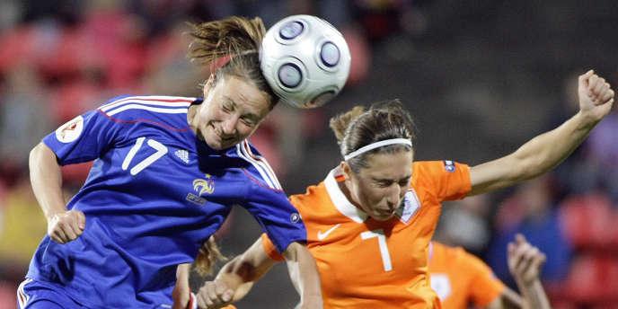 La Française Gaëtane Thiney, le 3 septembre 2009 à Tampere lors d'un match de l'Euro contre les Pays-Bas.