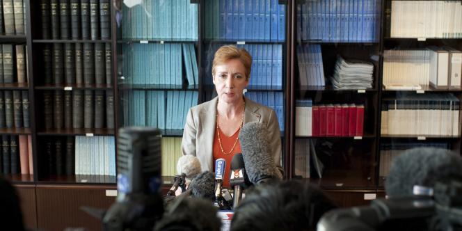La procureure du tribunal d'Evry annonce avoir requis la mise en examen de Georges Tron, mercredi 22 juin